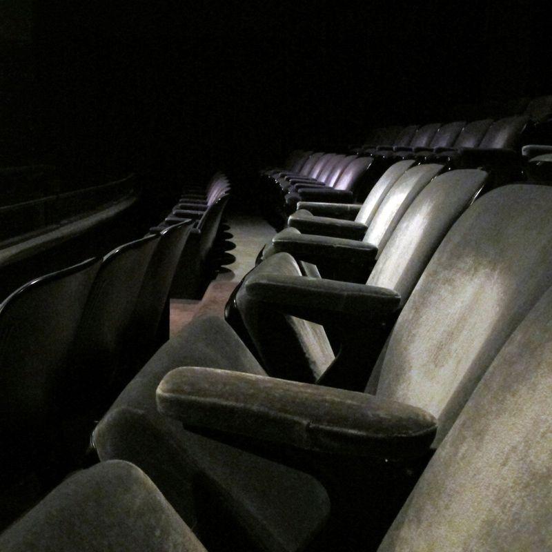 NYParis-Theatre-2