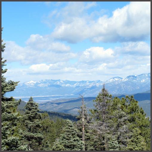 TaosGorgewalk37